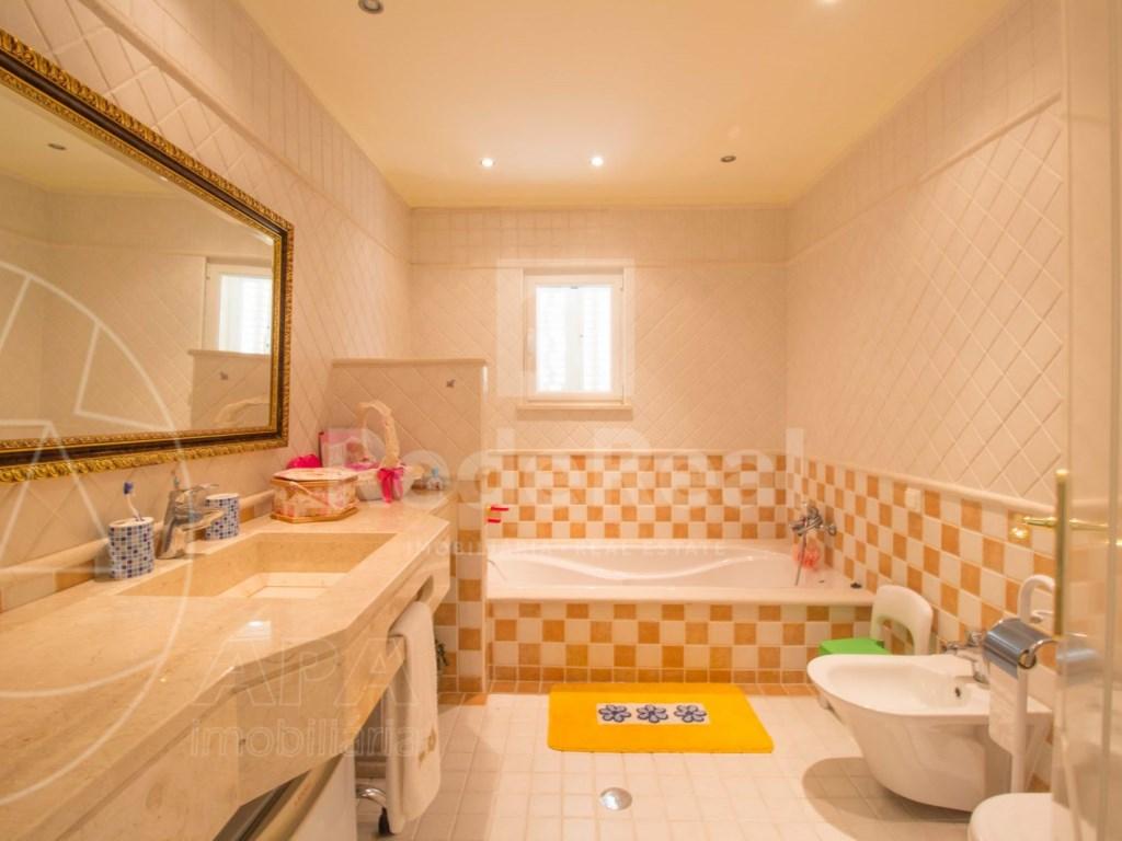 4 bedrooms villa  in Conceição  (20)