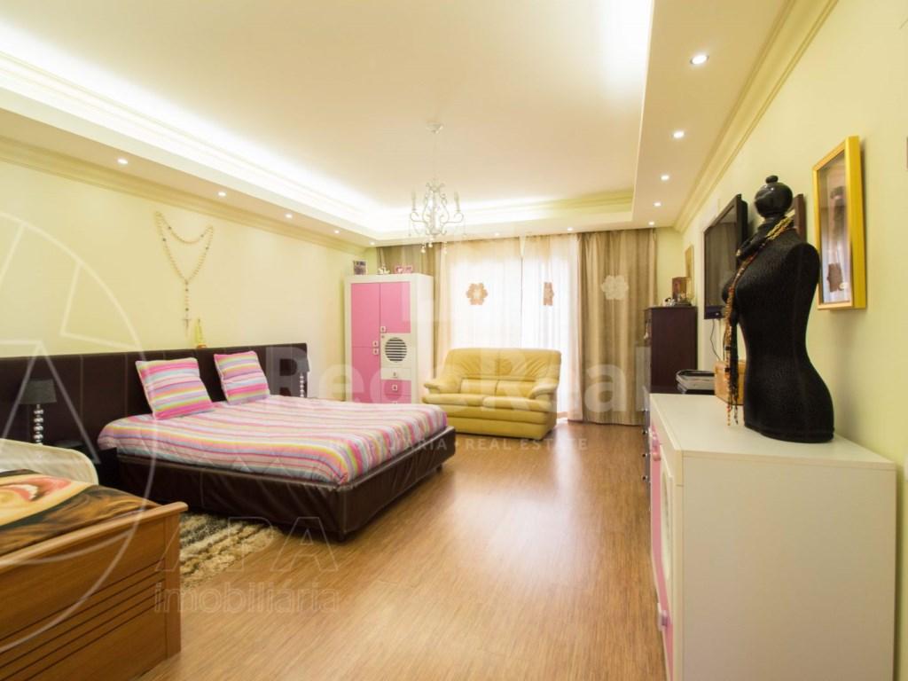 4 bedrooms villa  in Conceição  (23)