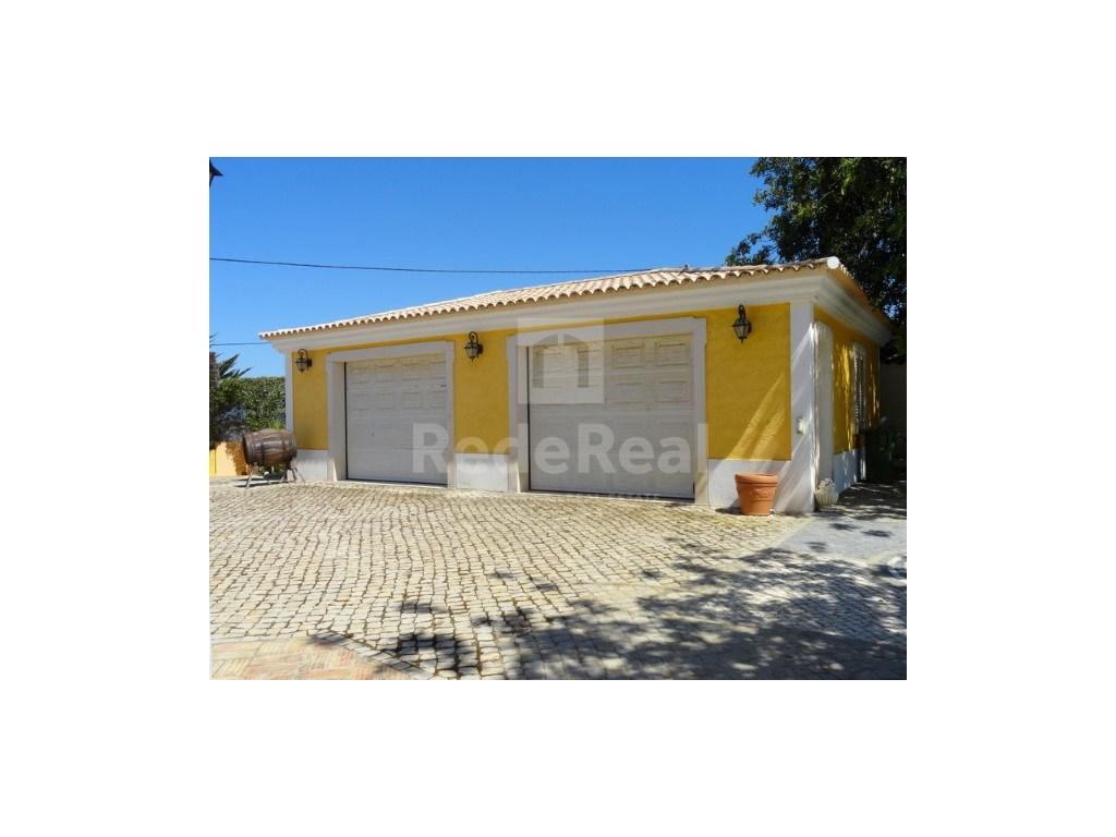 4 bedrooms villa  in Conceição  (35)