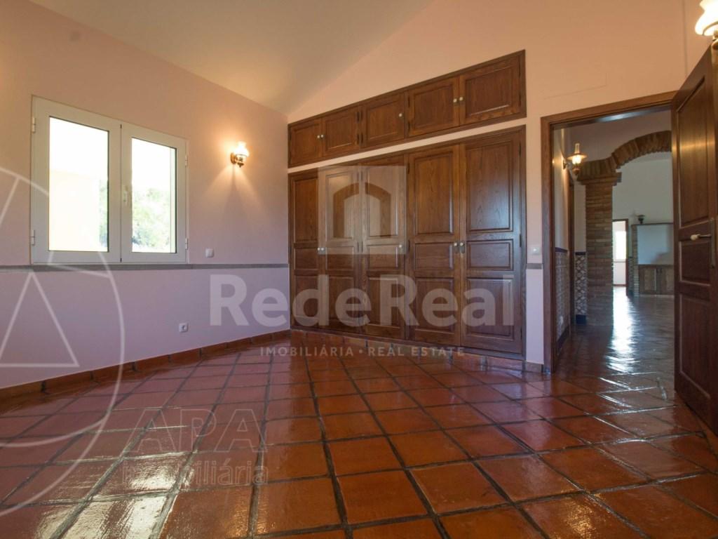 3 Bedrooms House in São Brás de Alportel (17)