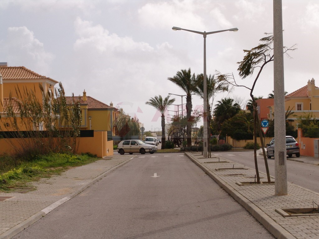 Lote in Montenegro (4)