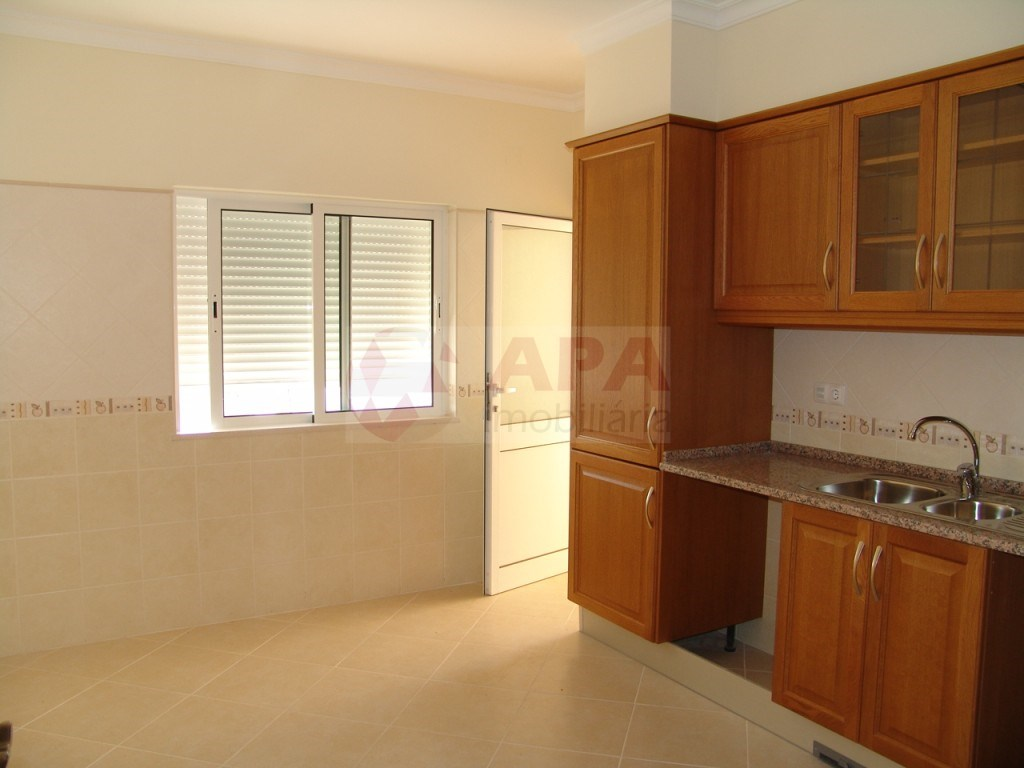 New 3 Bedrooms Apartment in São Brás (7)