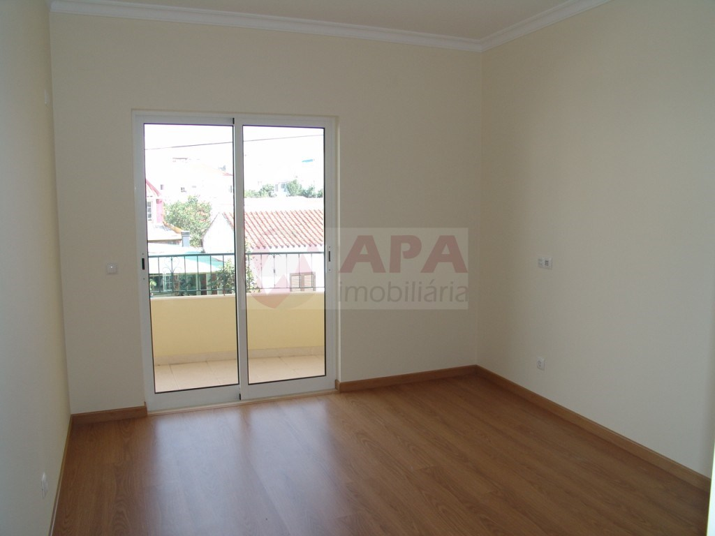 New 2 bedroom apartment in São Brás (1)