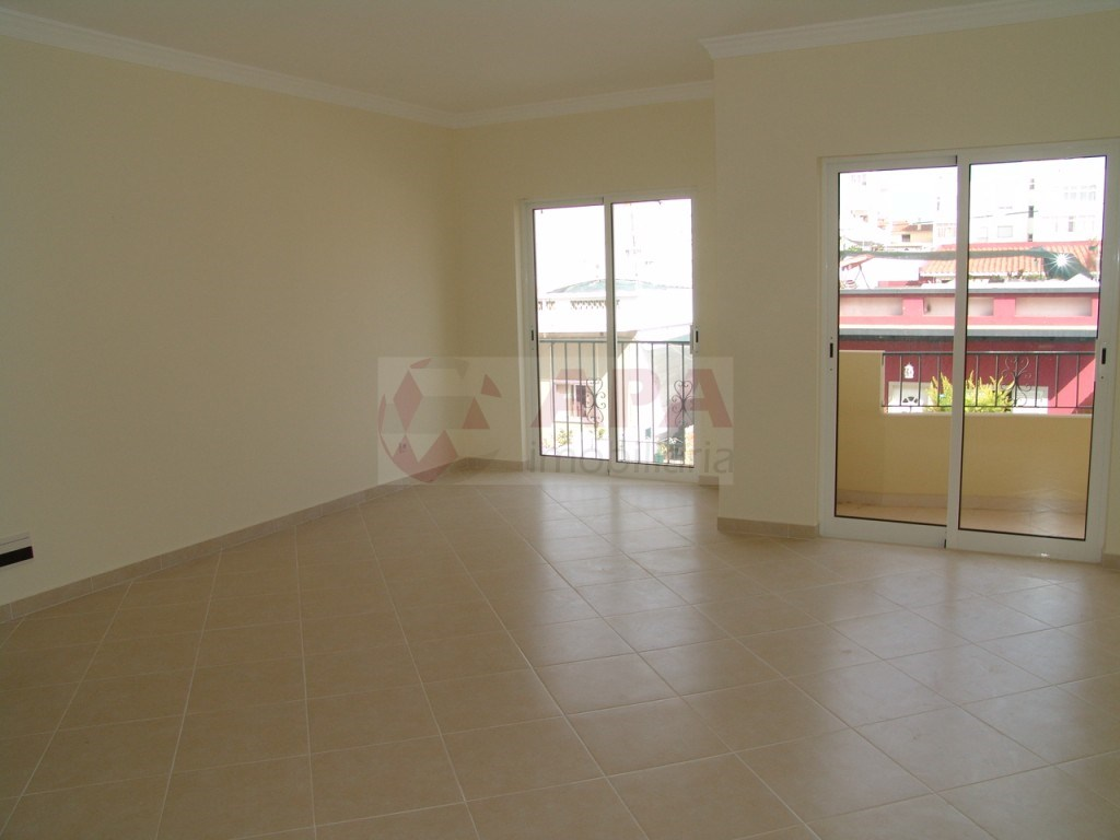 New 2 bedroom apartment in São Brás (5)