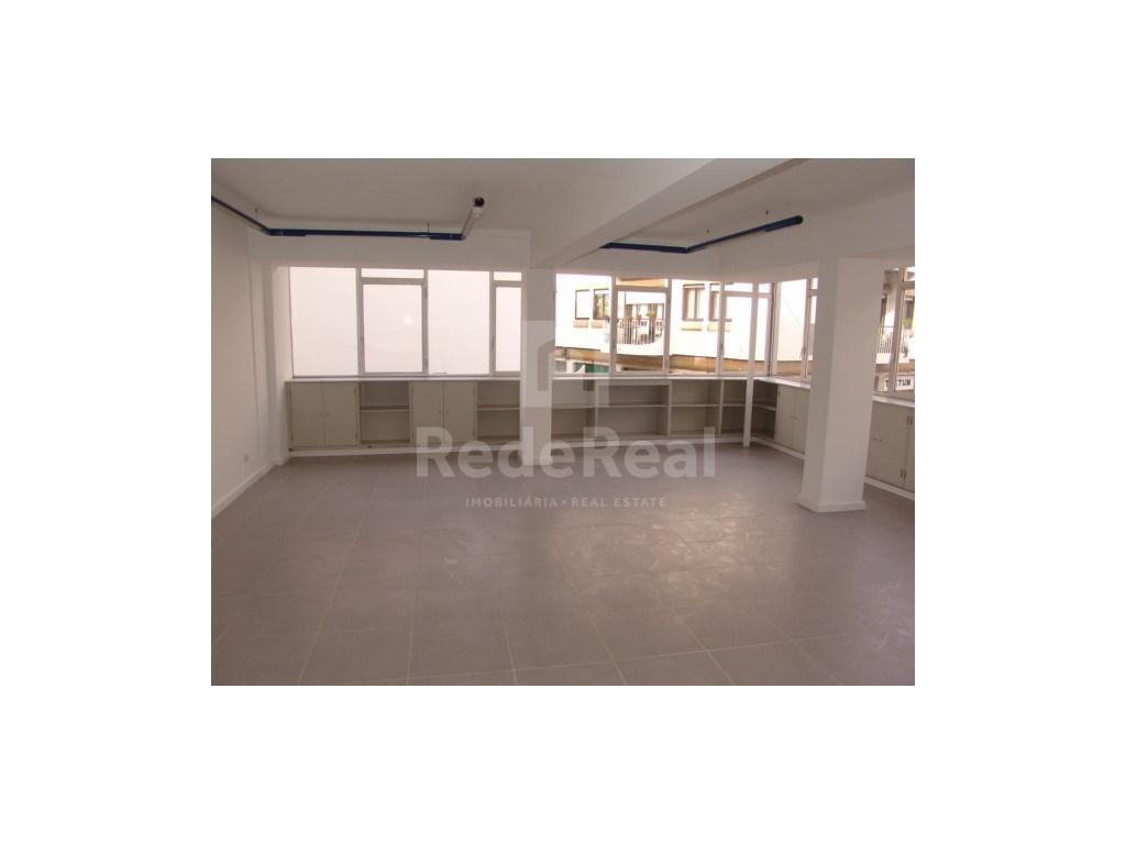Office / Practice in Baixa, Faro (1)