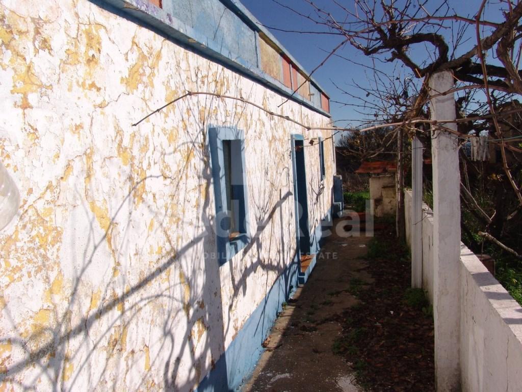 Lote de terreno com casa antiga em Tavira (3)