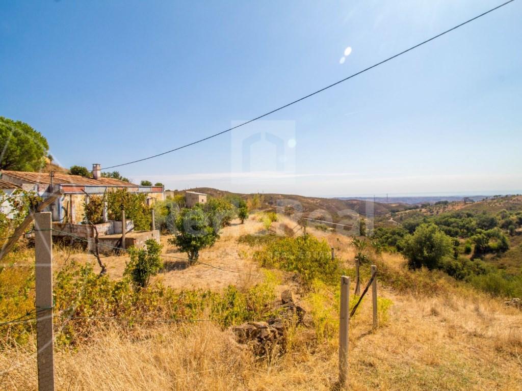 Lote de terreno com casa antiga em Tavira (11)