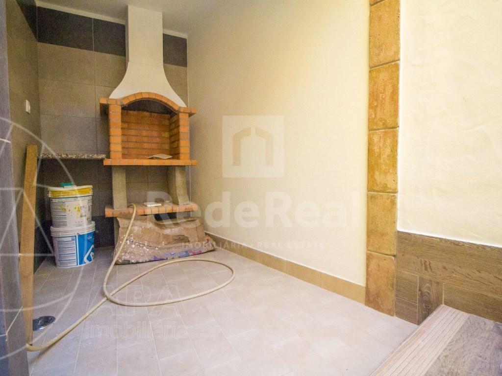 2Bedrooms + 1 Interior Bedroom House in Faro  (12)