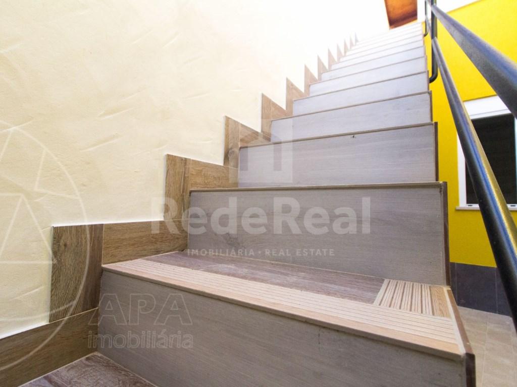 2Bedrooms + 1 Interior Bedroom House in Faro  (18)