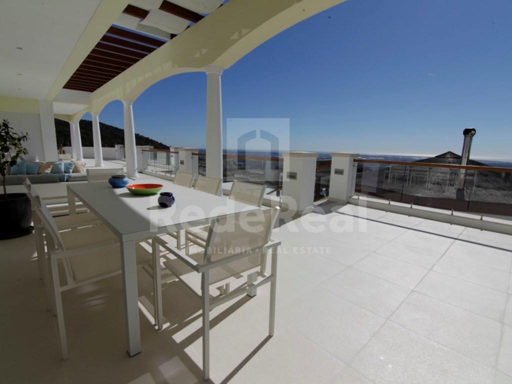 6 Bedrooms Villa in Santa Bárbara de Nexe (6)