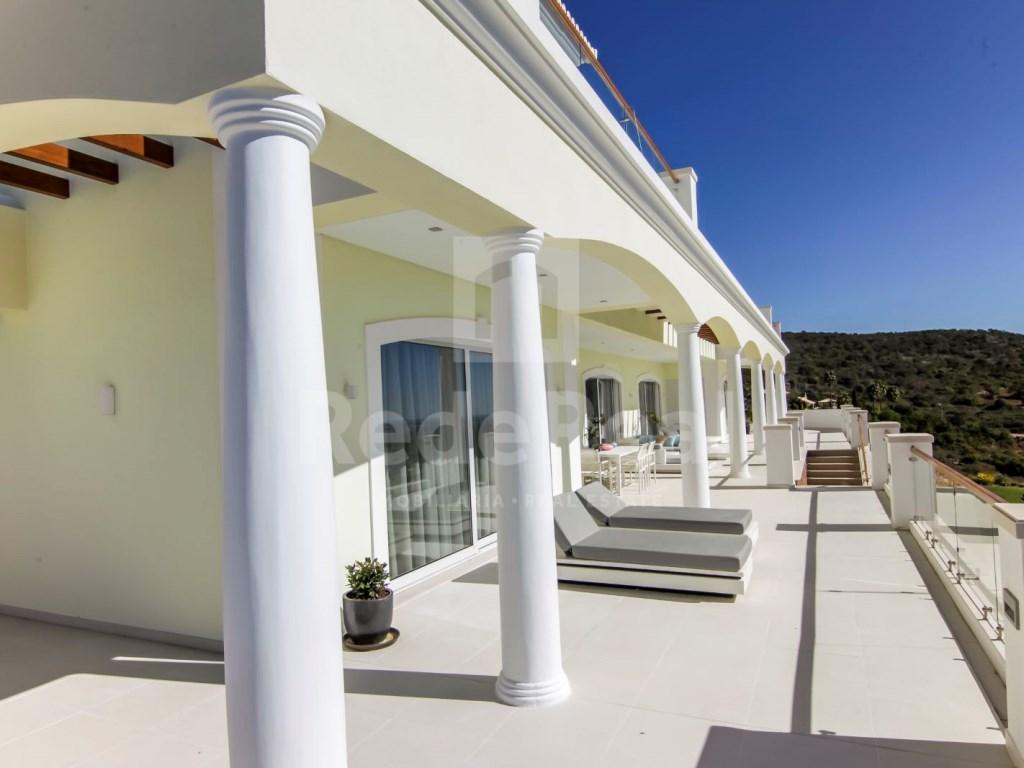 6 Bedrooms Villa in Santa Bárbara de Nexe (7)
