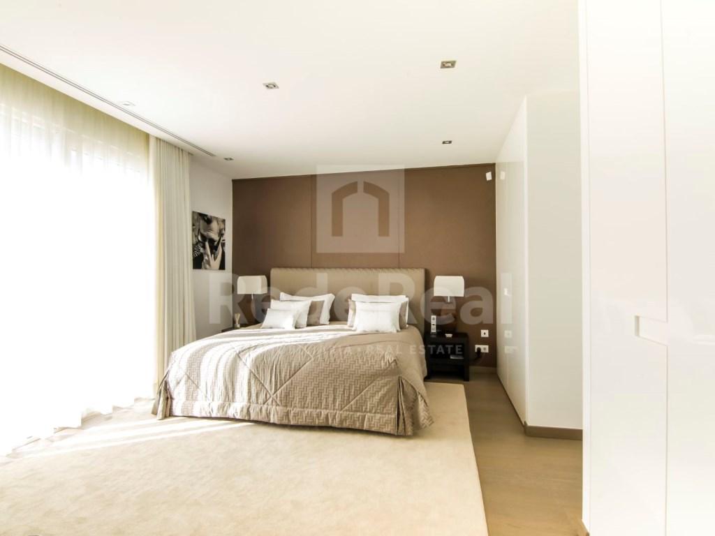6 Bedrooms Villa in Santa Bárbara de Nexe (12)