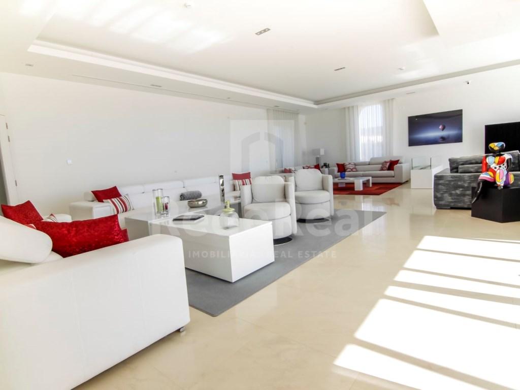 6 Bedrooms Villa in Santa Bárbara de Nexe (23)