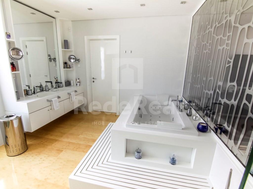 6 Bedrooms Villa in Santa Bárbara de Nexe (32)