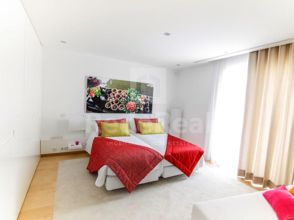 6 Bedrooms Villa in Santa Bárbara de Nexe (39)