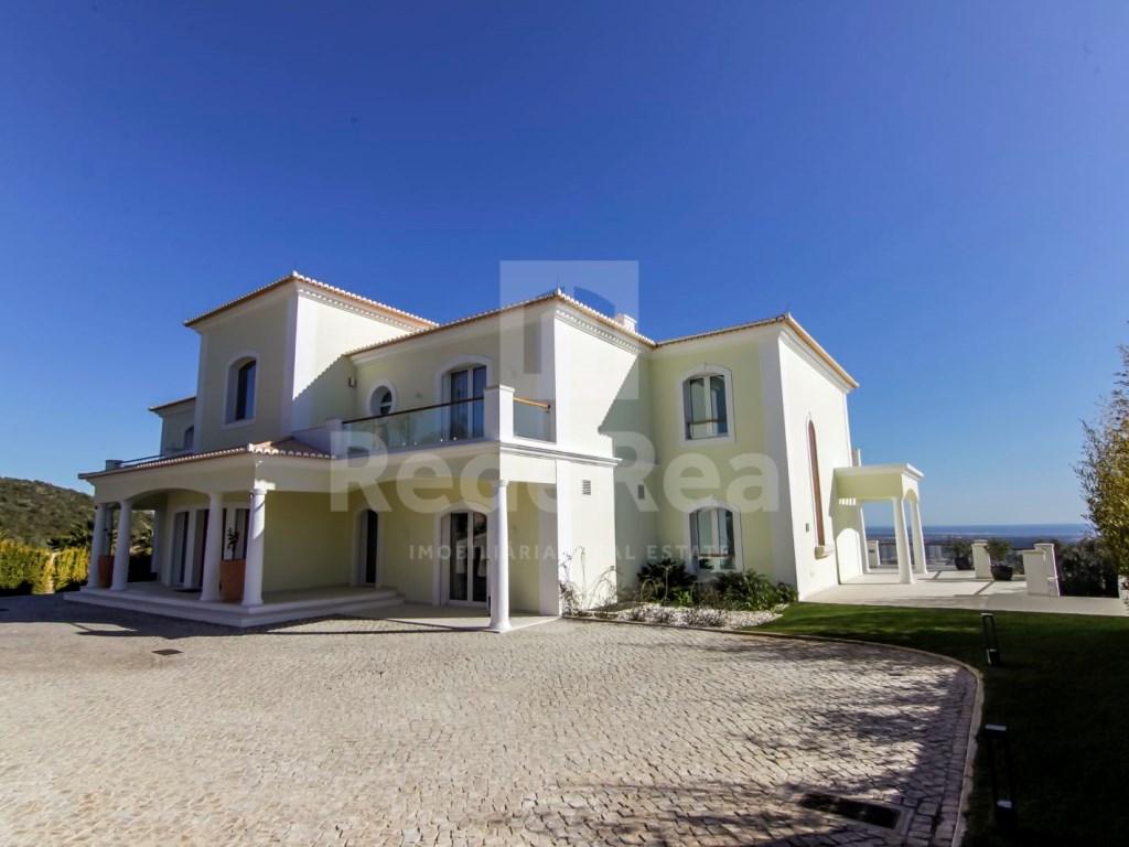 6 Bedrooms Villa in Santa Bárbara de Nexe (60)