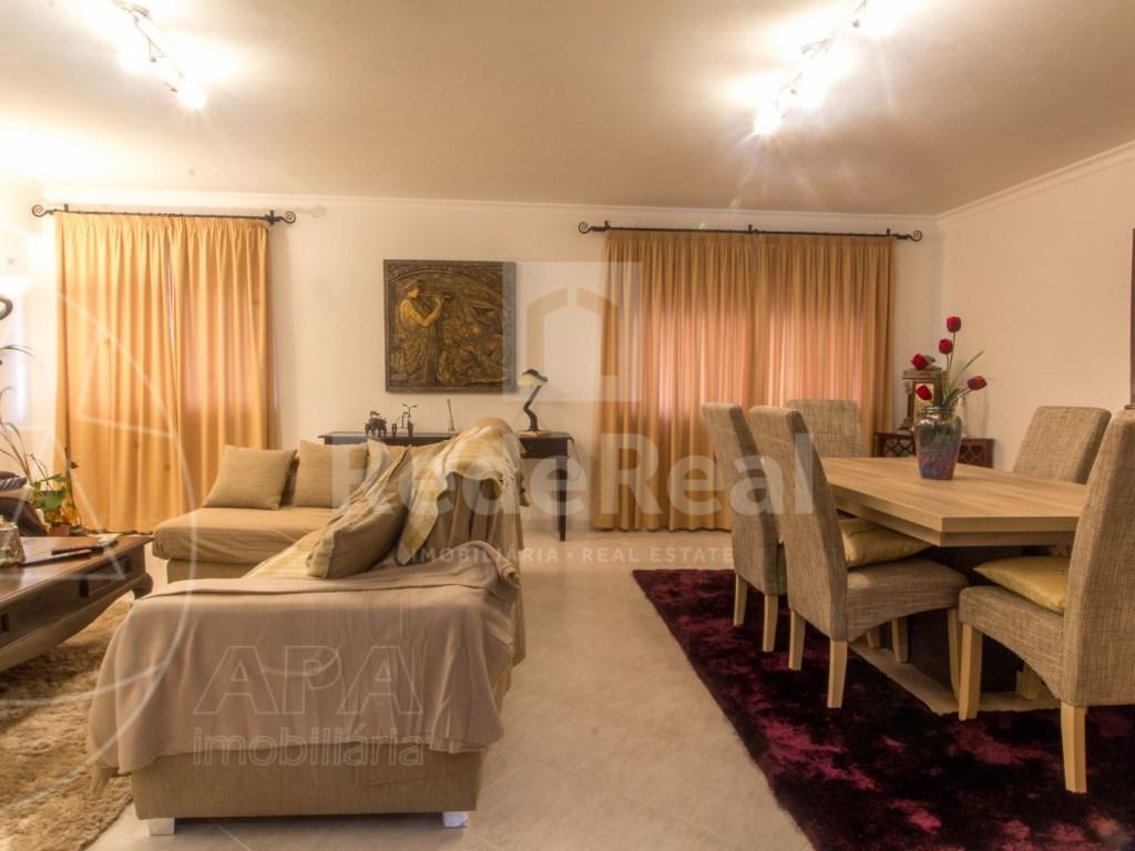 T4 Apartamento in Quelfes (3)