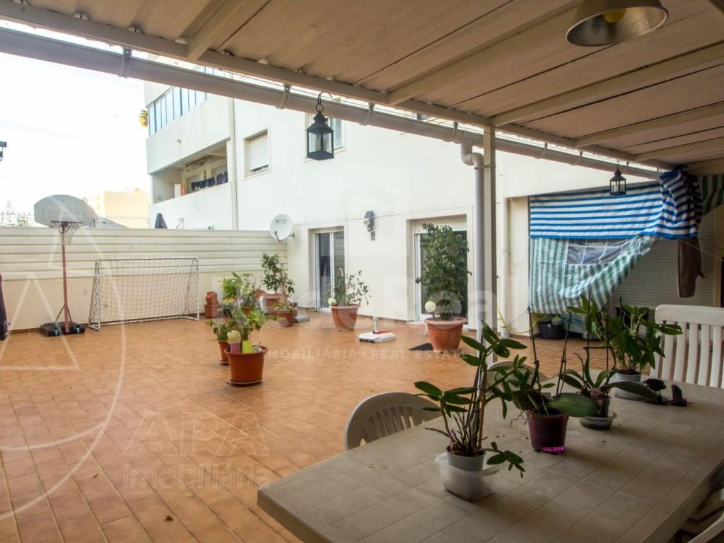 T4 Apartamento in Quelfes (1)