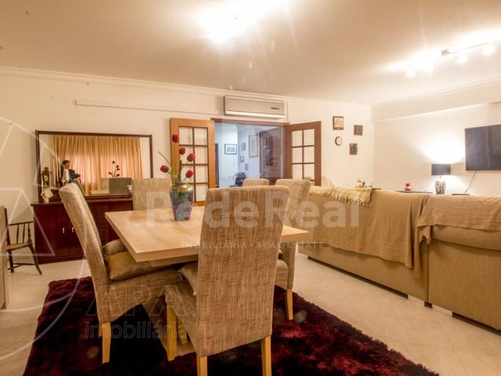 T4 Apartamento in Quelfes (4)