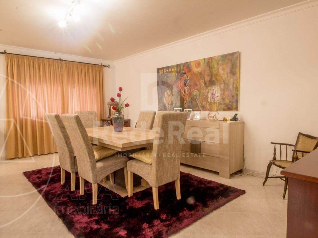 T4 Apartamento in Quelfes (2)