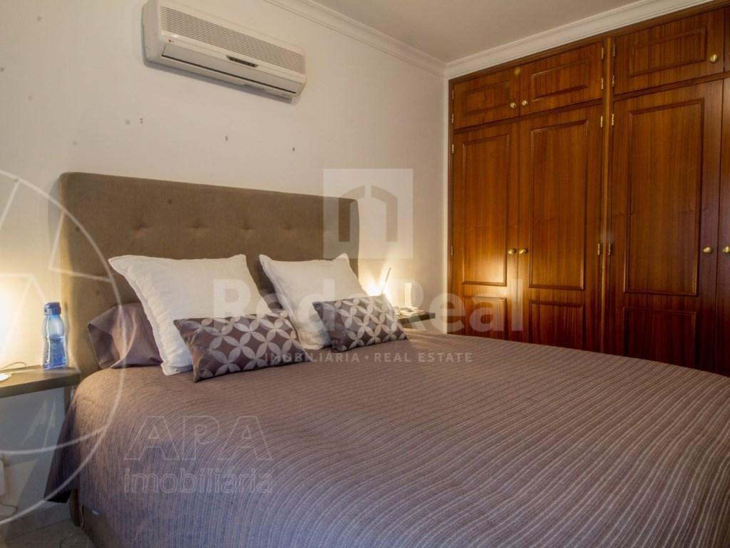 T4 Apartamento in Quelfes (12)