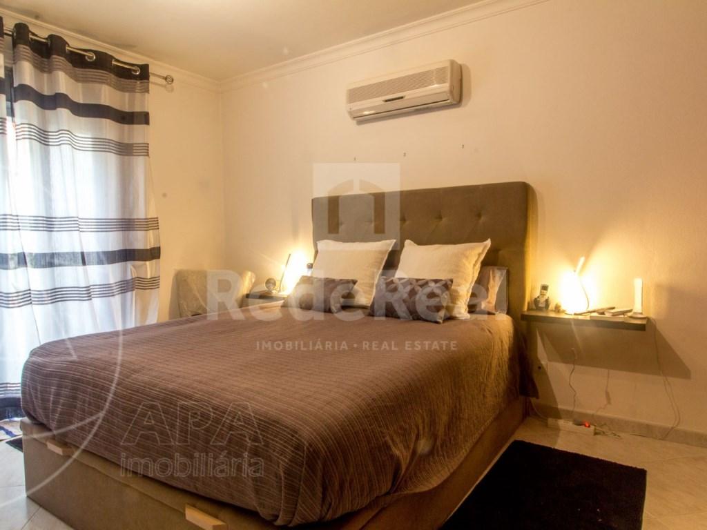 T4 Apartamento in Quelfes (13)