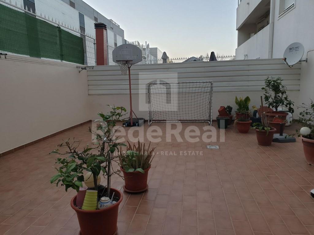 T4 Apartamento in Quelfes (7)