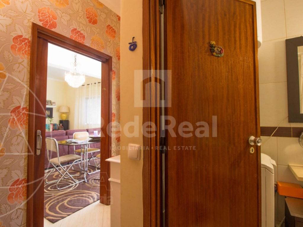 2 bedroom apartment in Faro (8)