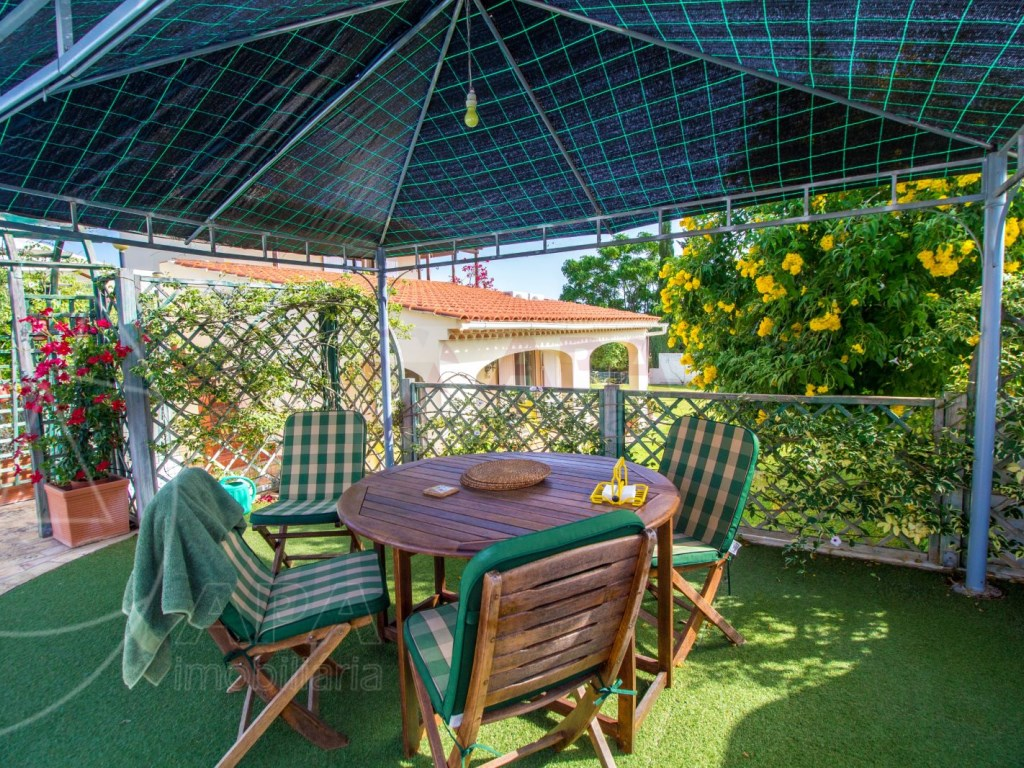 4 Bedroom villa with pool in Loulé (34)