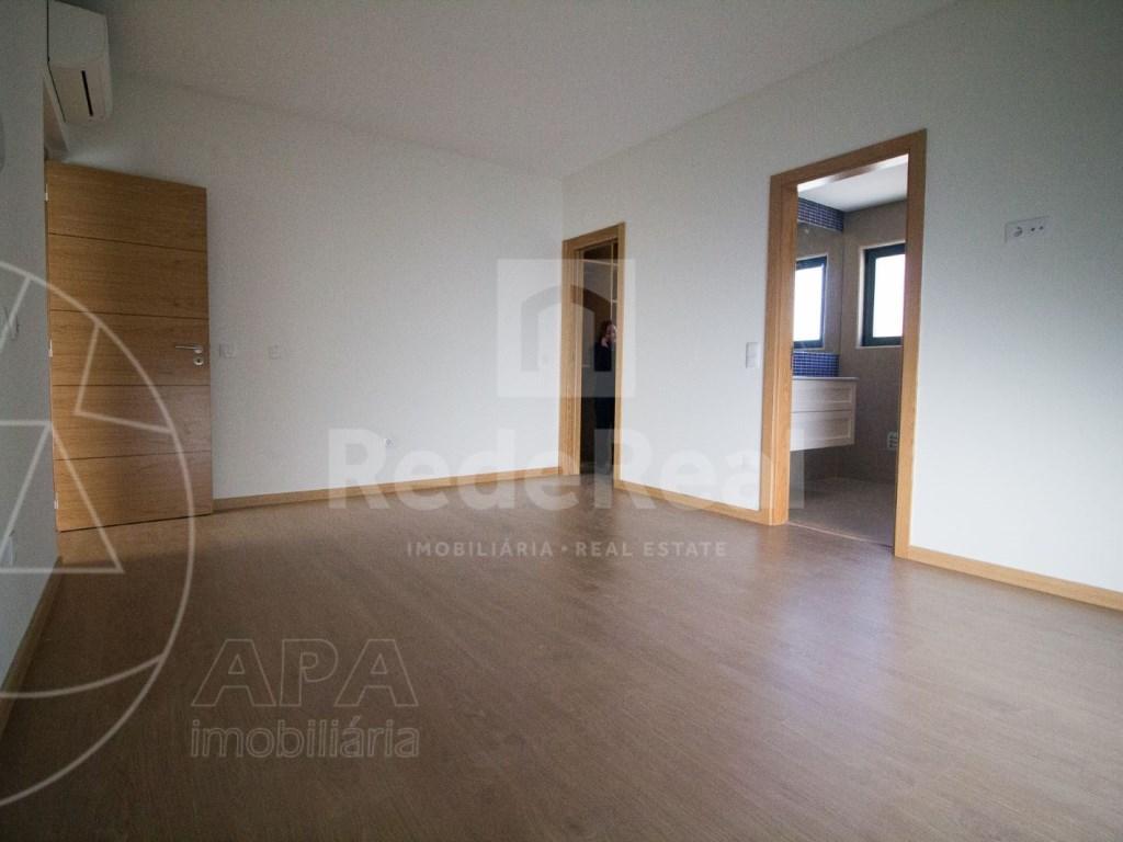 4 Pièces + 1 Chambre intérieur Maison in Faro (Sé e São Pedro) (16)