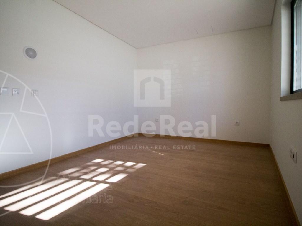 4 Pièces + 1 Chambre intérieur Maison in Faro (Sé e São Pedro) (39)