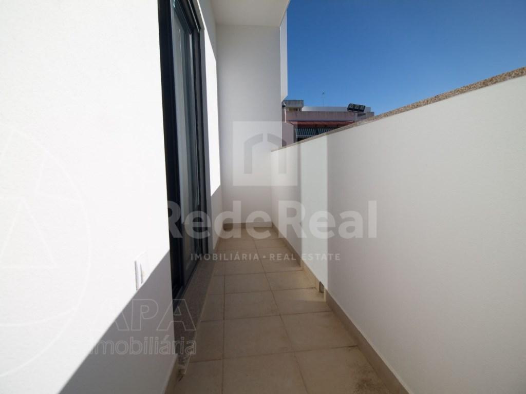 4 Pièces + 1 Chambre intérieur Maison in São Pedro, Faro (Sé e São Pedro) (13)