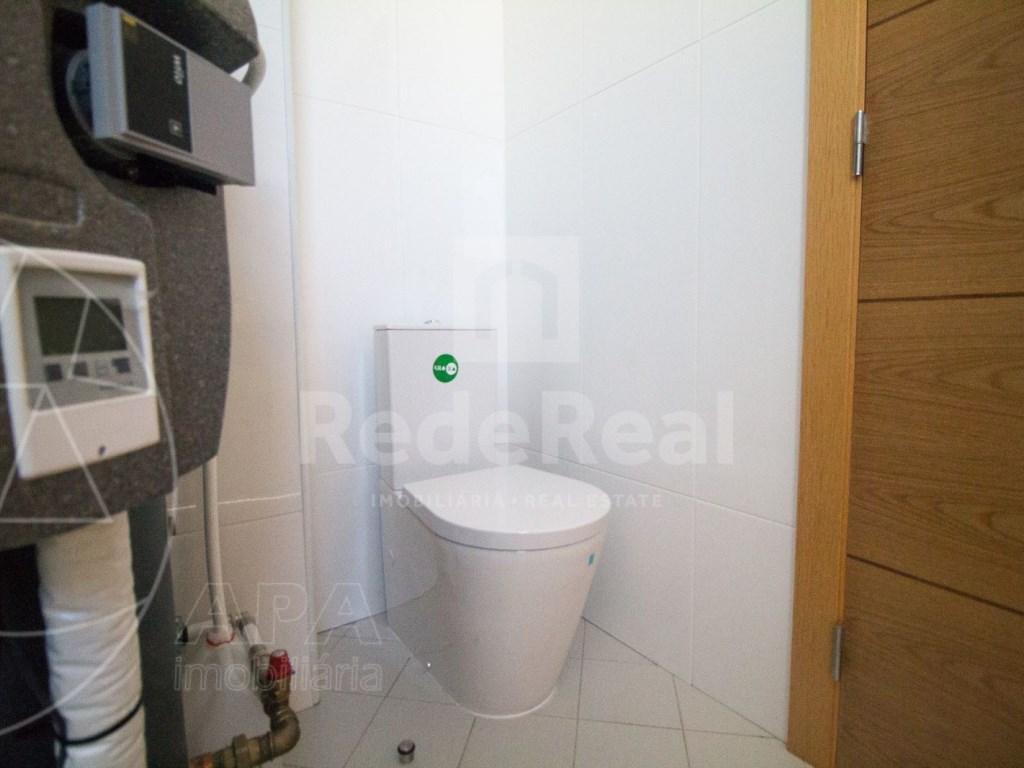 4 Pièces + 1 Chambre intérieur Maison in São Pedro, Faro (Sé e São Pedro) (24)