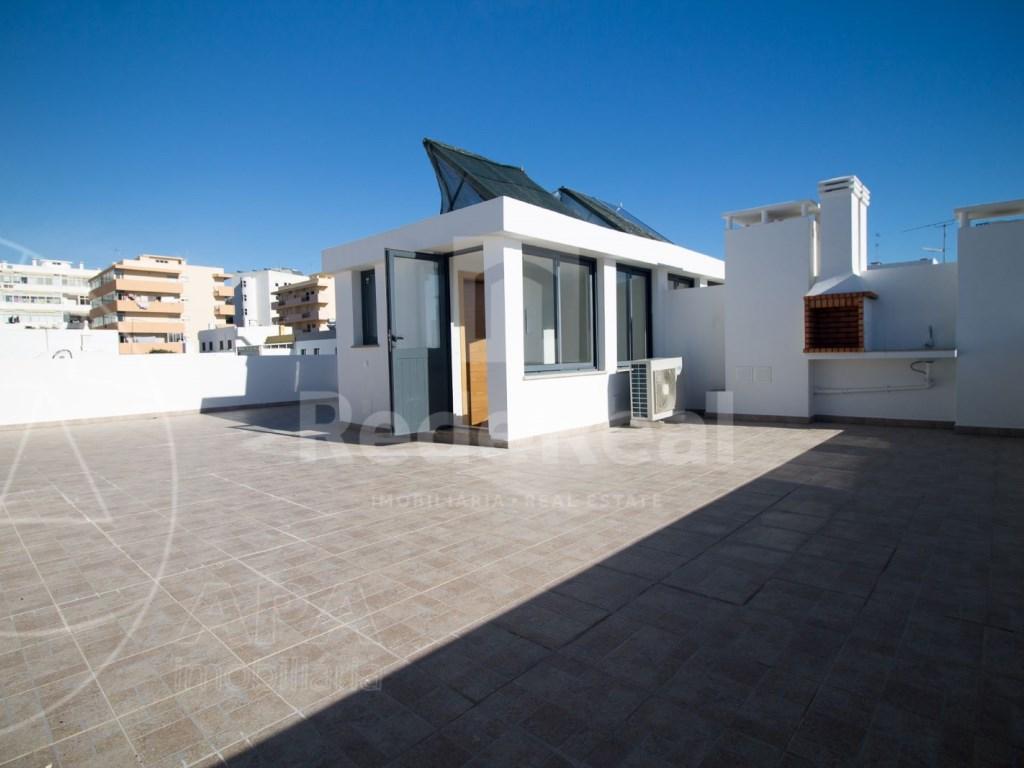 4 Pièces + 1 Chambre intérieur Maison in São Pedro, Faro (Sé e São Pedro) (26)
