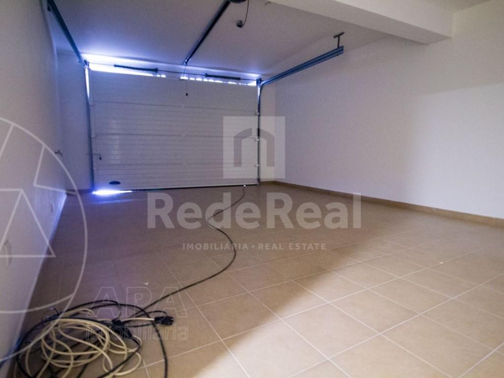 4 Pièces + 1 Chambre intérieur Maison in São Pedro, Faro (Sé e São Pedro) (30)