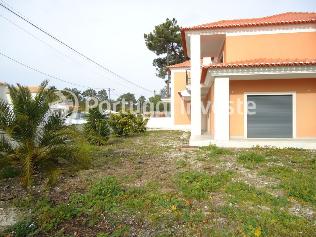 For sale luxury villa with 5+1 bedrooms, 15 minutes away from Lisbon, privileged zone - Portugal Investe