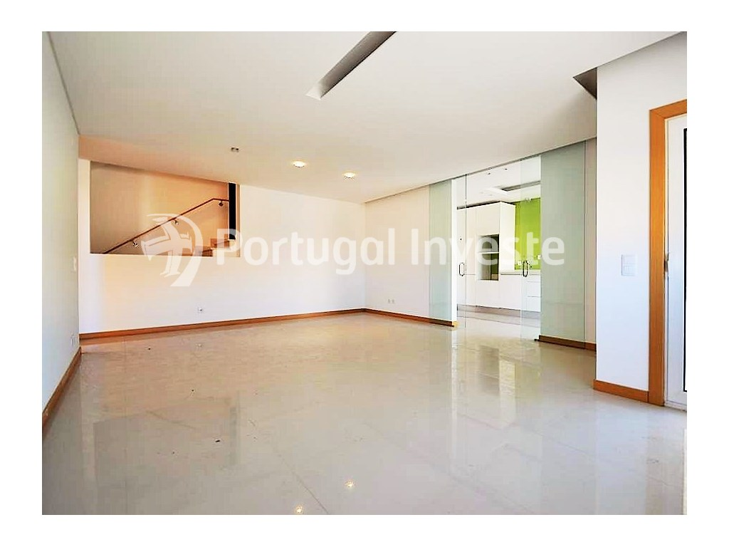For sale 2 bedrooms duplex, new, condo with pool, Albufeira, Algarve - Portugal Investe