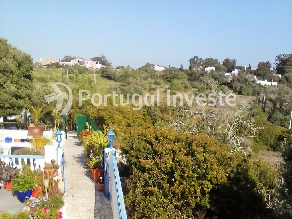 For sale plot of 8156 sq/m, allotment authorization, for construction, in Lagoa, Algarve - Portugal Investe