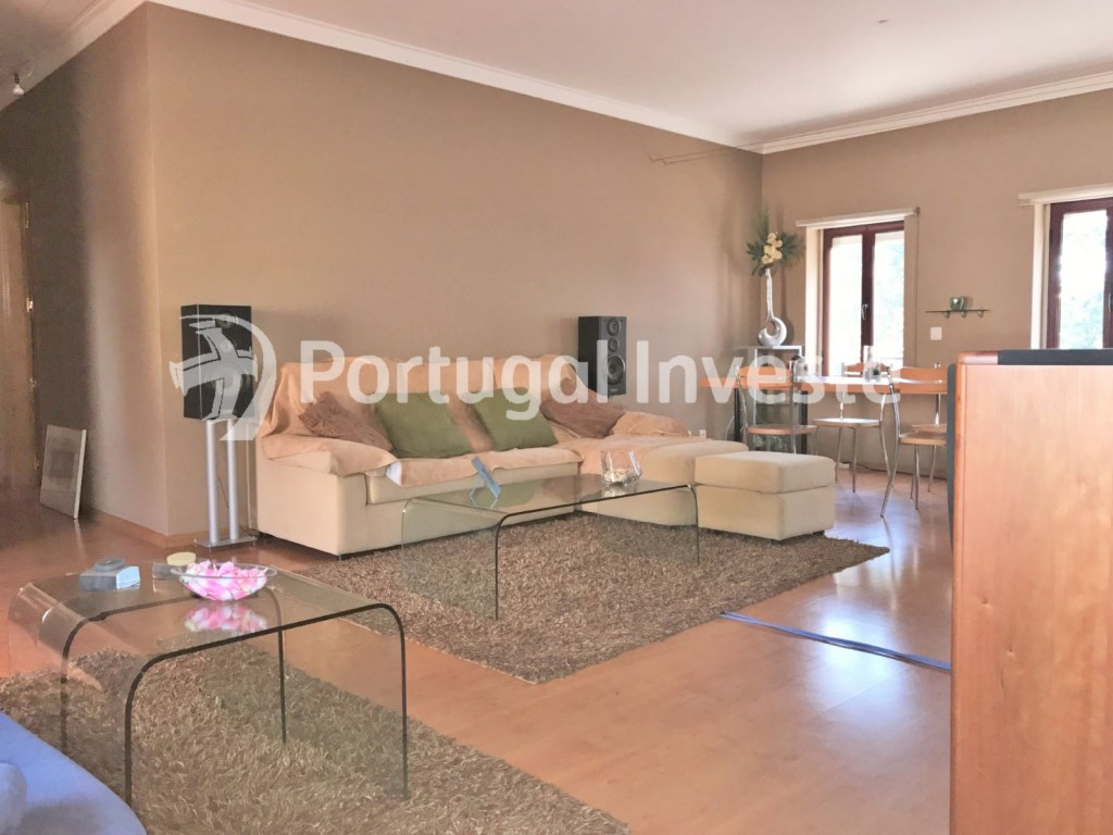 For sale 3 bedrooms apartment, good areas, condo 10 minutes away from Lisbon - Portugal Investe