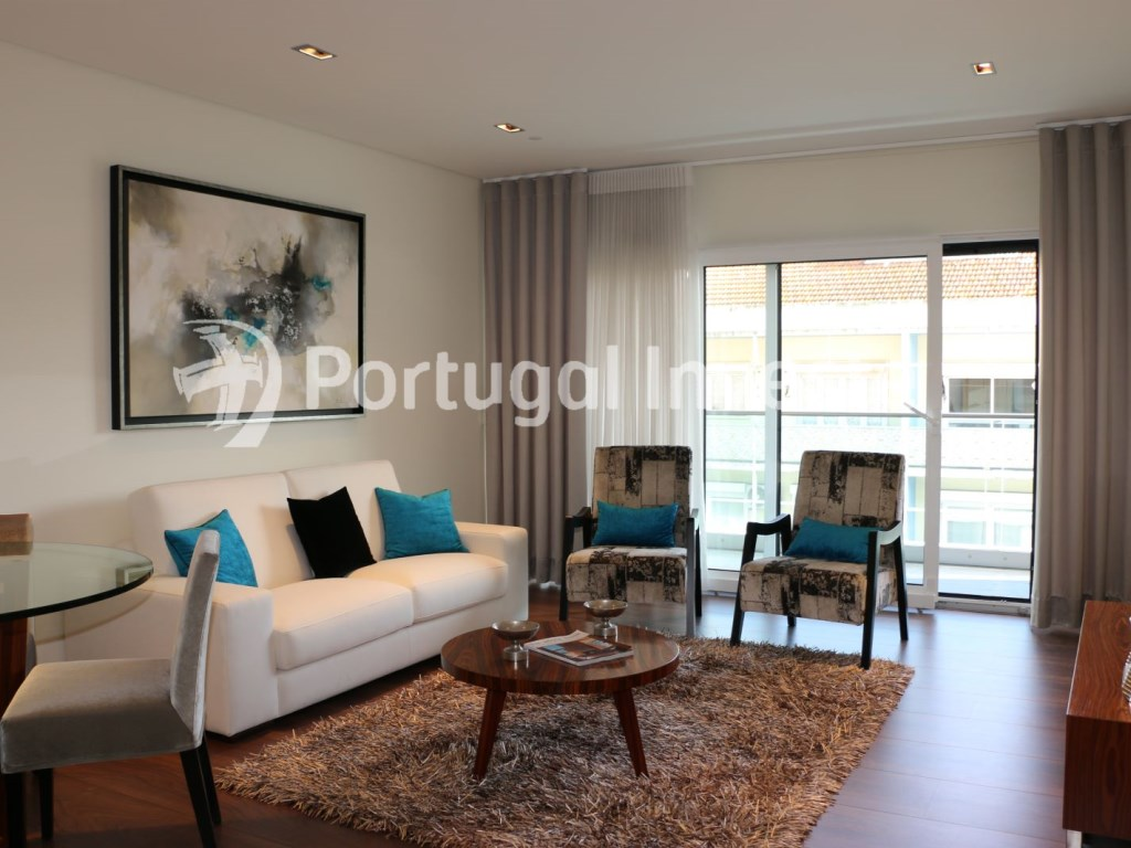 Living room, For sale 3 bedrooms apartment, new, box, Liberty Atrium Residence, 10 minutes from Lisbon downtown - Portugal Investe