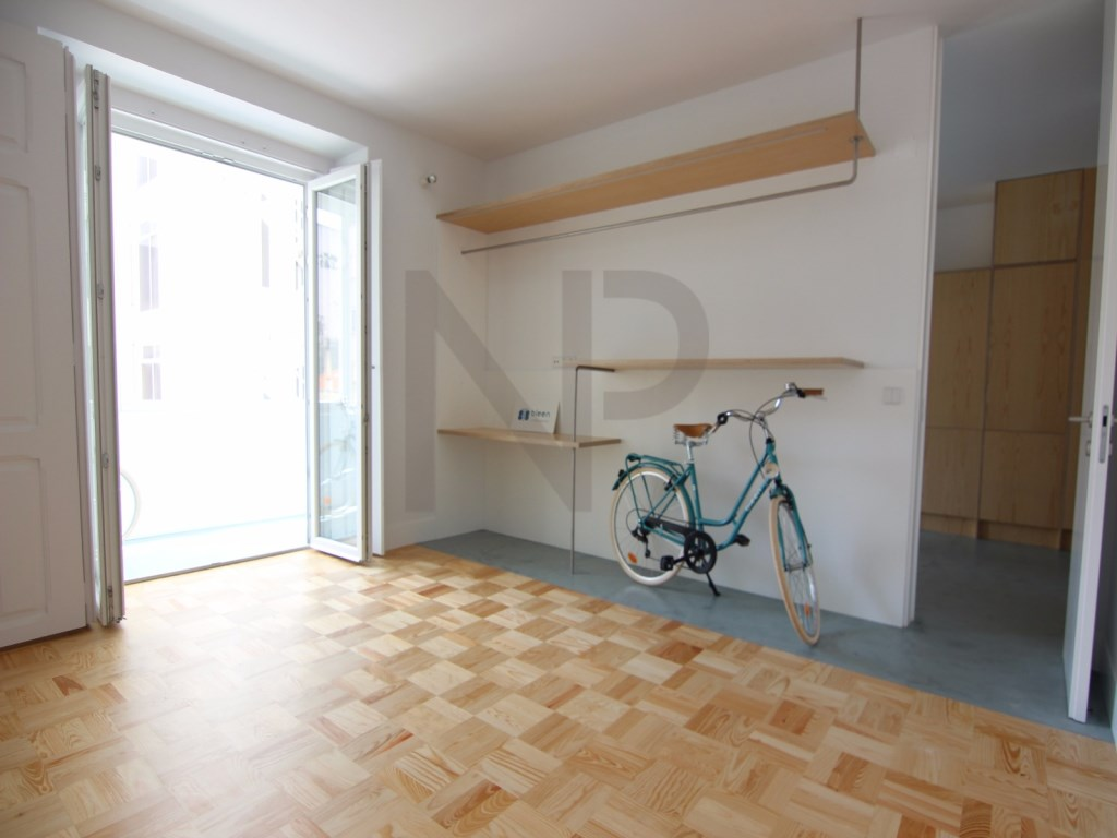 Lisbon, Anjos, excellent apartment for sale with a new housing concept