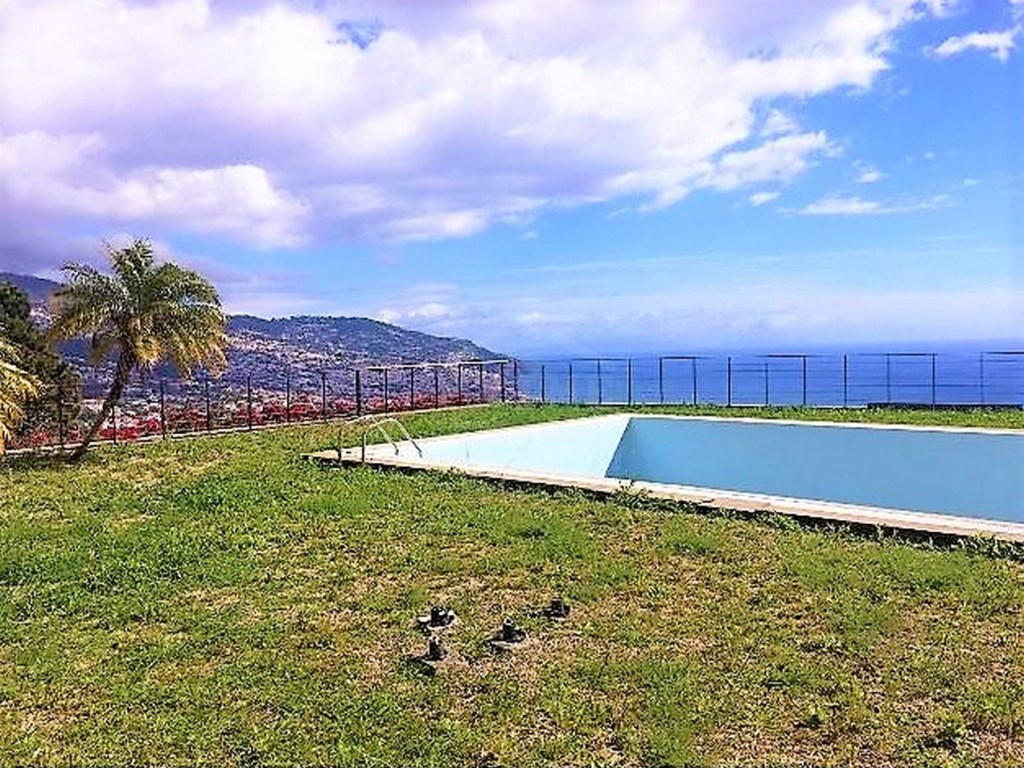 Luxury House For Sale Funchal Prime Properties Madeira Real Estate (2)
