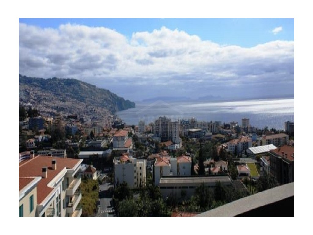 Apartmento for Sale Funchal Prime Properties Madeira Real Estate (1)