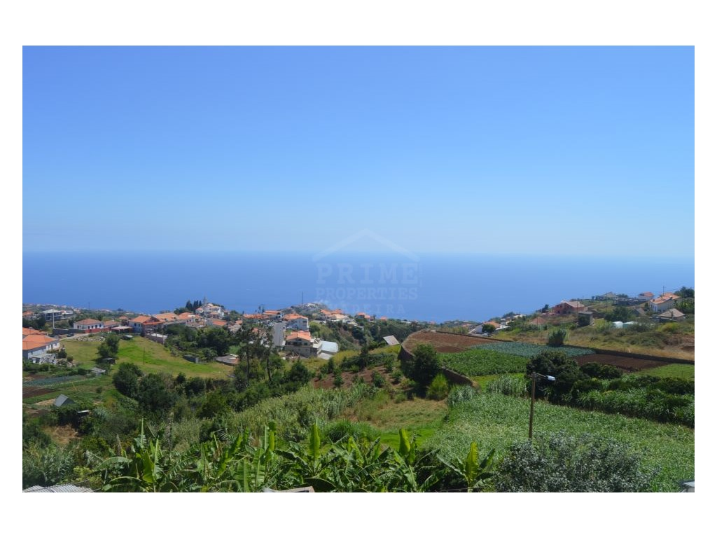 House for Sale in Ponta do Sol with magnificent views (4)