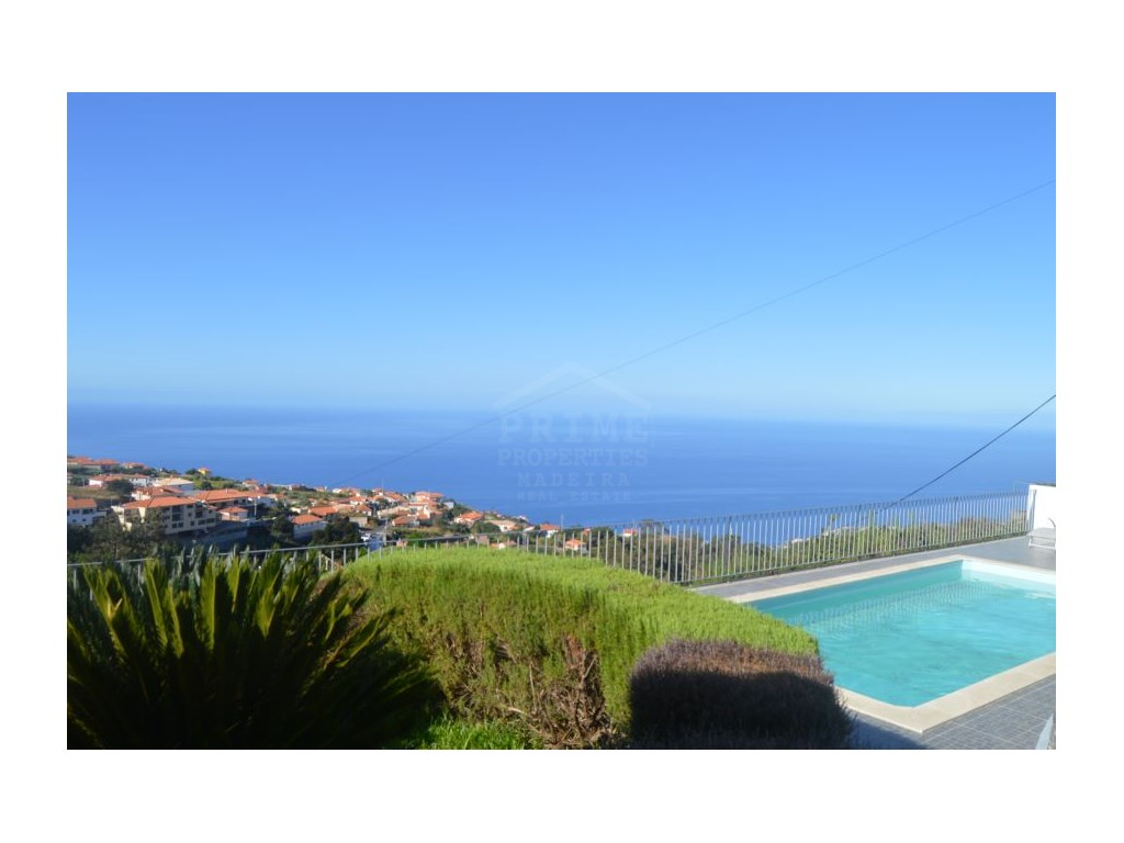 House for Sale in Arco da Calheta Prime Properties Madeira Real Estate (20)