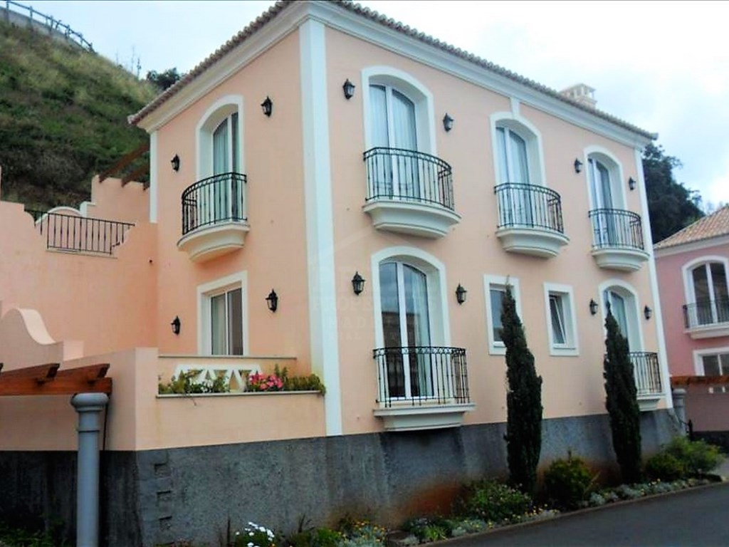 Generous House V3 €552 000.00 prime properties madeira (12)