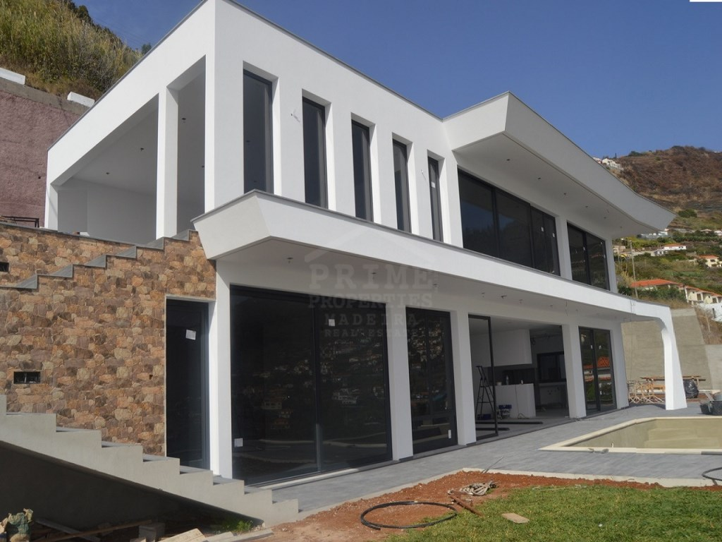 Modern House For Sale Prime Properties Madeira Real Estate (8)