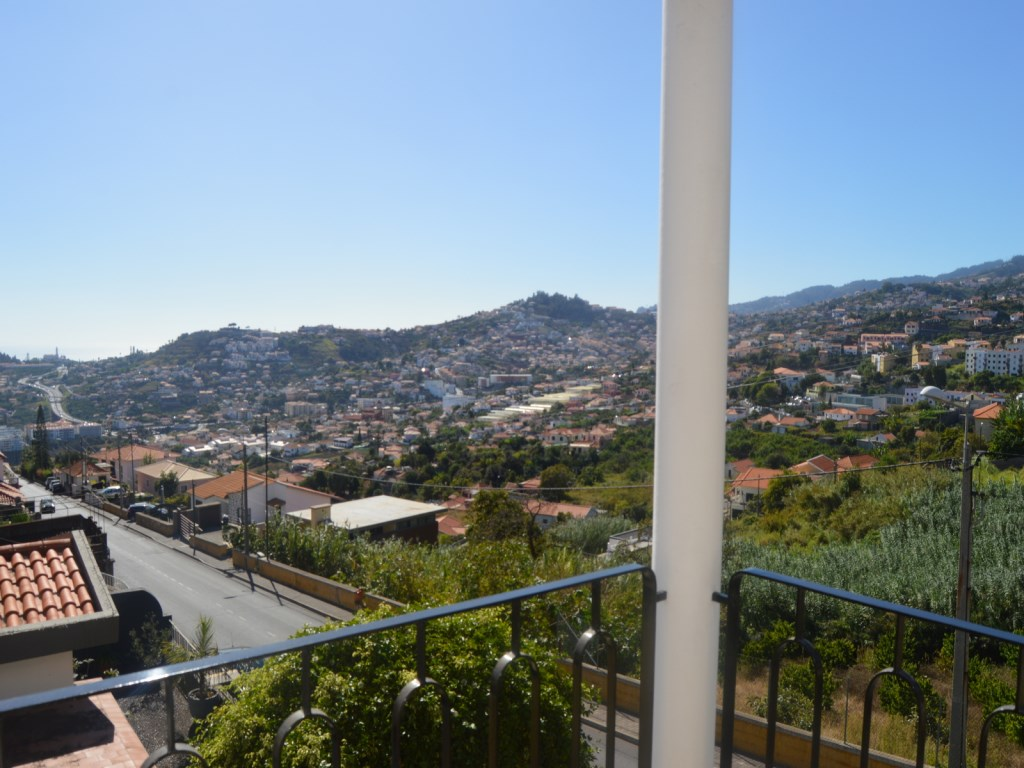 House for Sale Funchal Madeira (13)