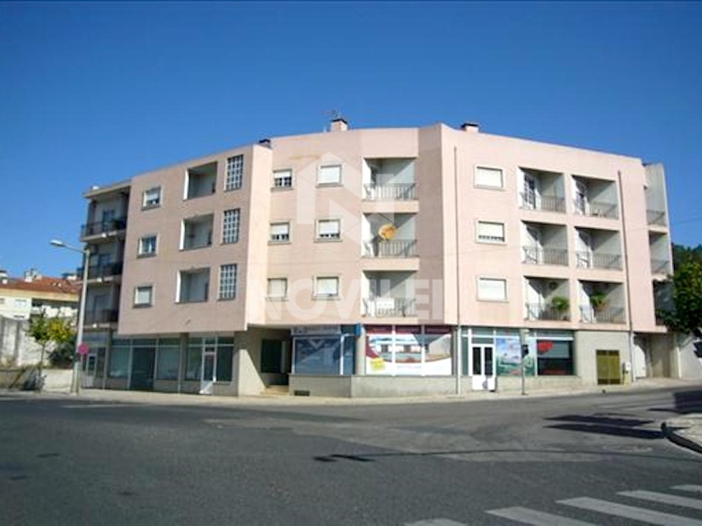 Apartment T3 in Ourém