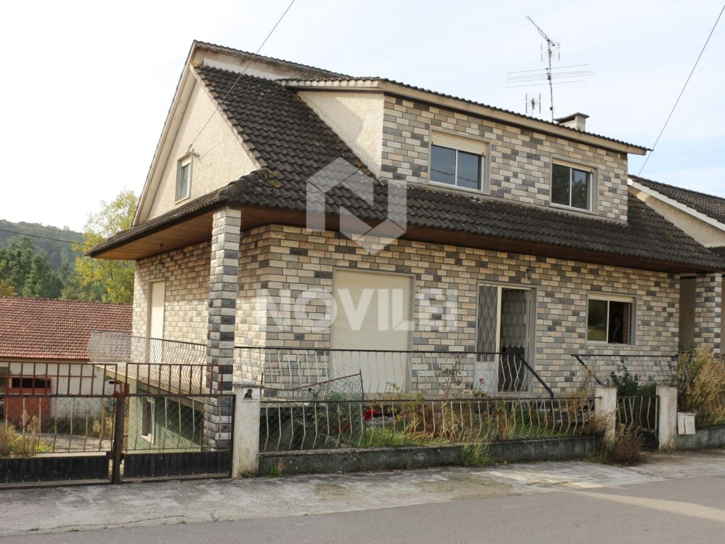 Detached house with land 960m2